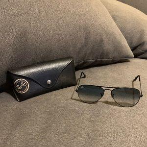 Authentic Ray-Ban Aviator Gradient sunglasses